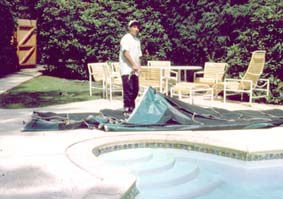 Pool cover instalation